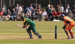 JP en route to his 150 not out