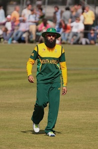 He's great He's feared He's got a cool beard Hashim Amlaaaaaaa